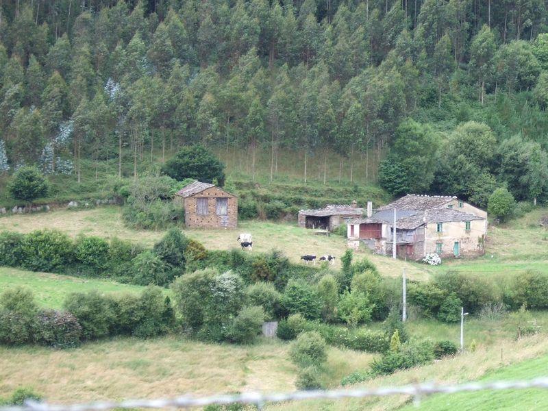 Granero del burro and casa