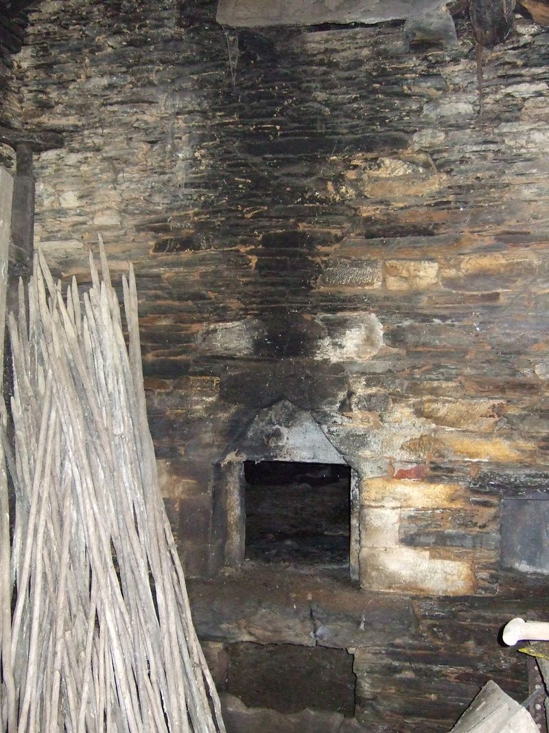 The bread oven and measuring sticks
