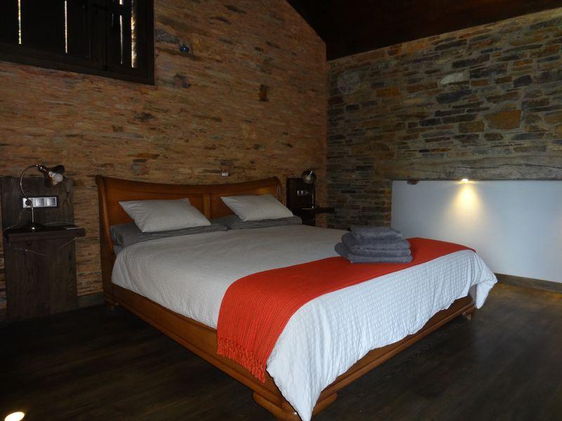 Bedroom upstairs (2)
