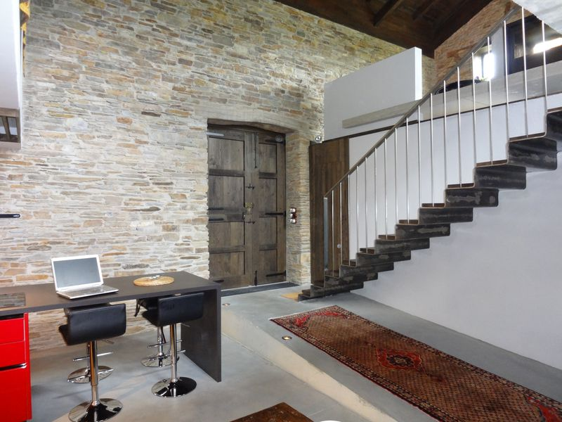 Downstairs at barn (2)