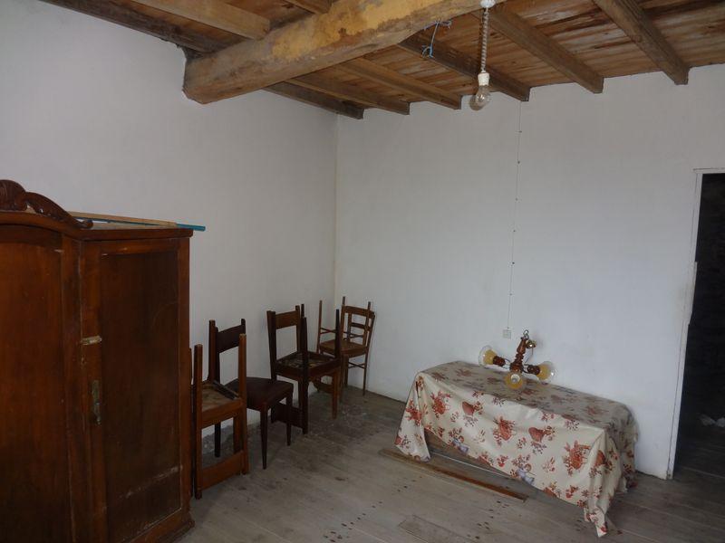 Room adjacent to lounge