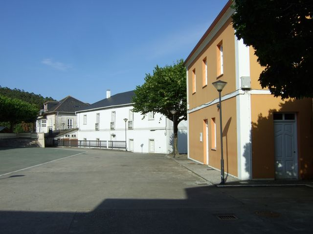 The square in Trabada